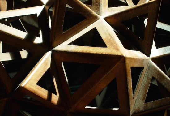 Polyèdre en bois