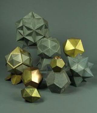 Polyèdres en métal