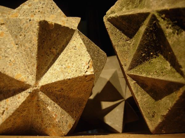 Polyèdres en pierre